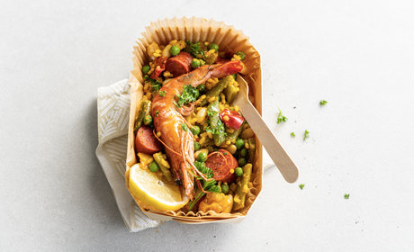 veggie_paella_with_chorizo_and_prawns